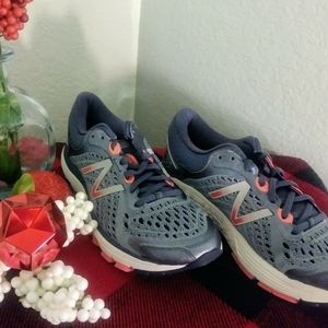 NWT-New Balance running shoes-7